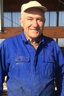 Landwirt Kobold auf dem Bullenmastbetrieb mit KRAIBURG Spaltenbodenauflagen aus Gummi berichtet über seine Erfahrungen