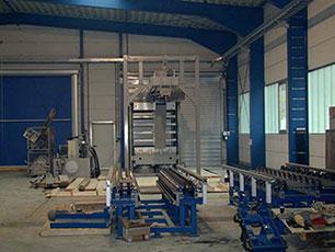 Aufbau der neuen Gummimatten-Presse bei KRAIBURG, 1999