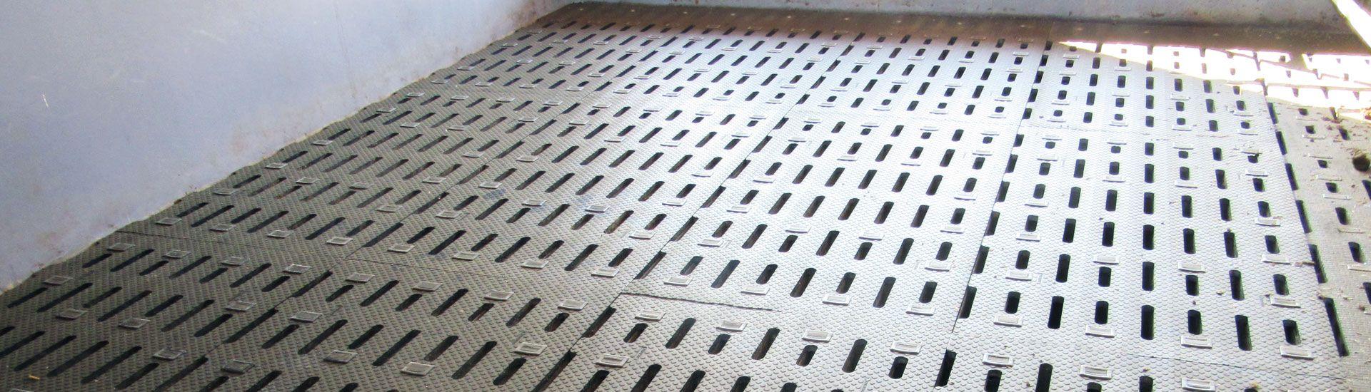 KRAIBURG rubber mats for slatted floors in cattle housing