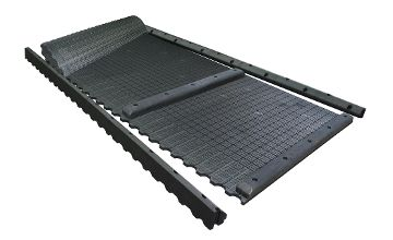 maxiBOX rubber mat system for deep bedded cubicles in the dairy barn